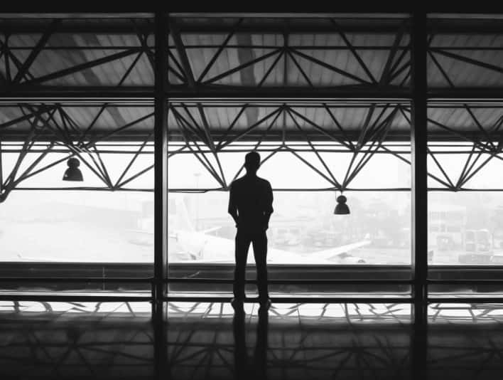 Stipplr Photoshop Vector Trace Grayscale Man Waiting In Terminal